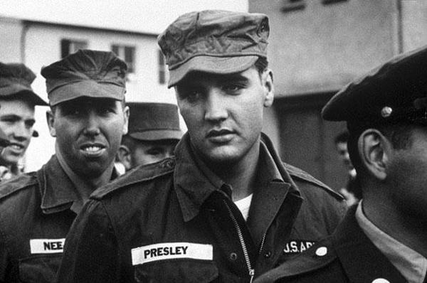 03-Elvis-en-el-ejercito-1958