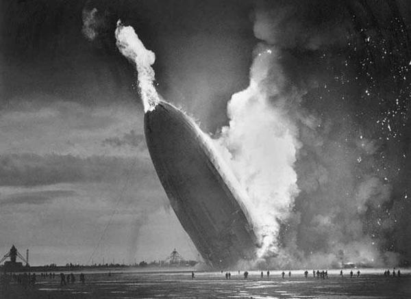 07-Desastre-del-Hindenburg-6-Mayo-1937
