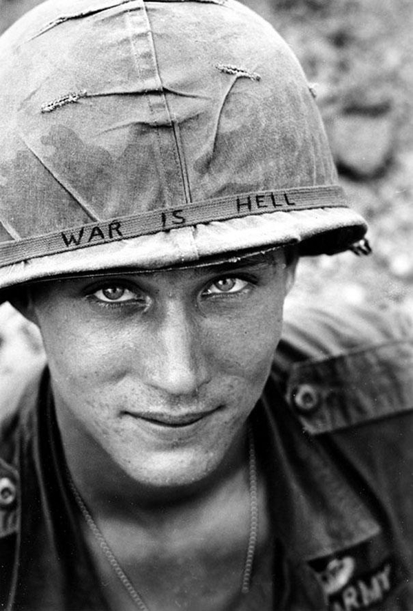 19-Soldado-desconocido-en-Vietnam-1965