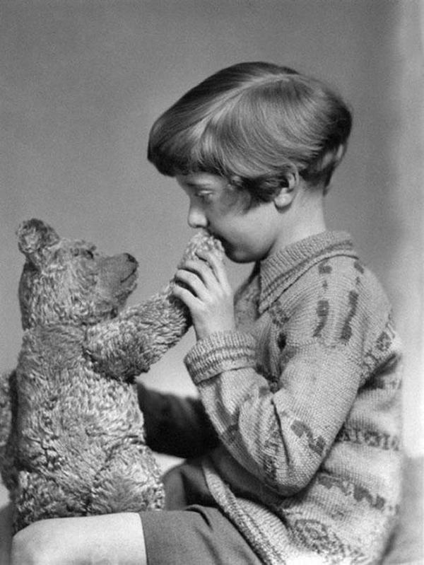 33-El-verdadero-Winnie-the-Pooh-y-Christopher-Robin-1927