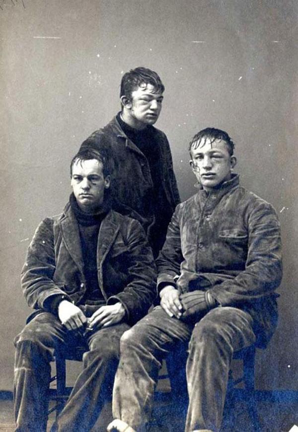 38-Estudiantes-de-Princeton-tras-una-guerra-de-bolas-de-nieve-entre-novatos-y-veteranos-1893