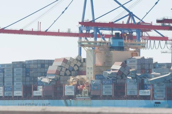 barco-contenedor (1)
