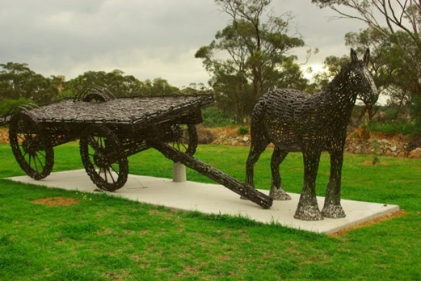 esculturas-llaves-inglesas-13