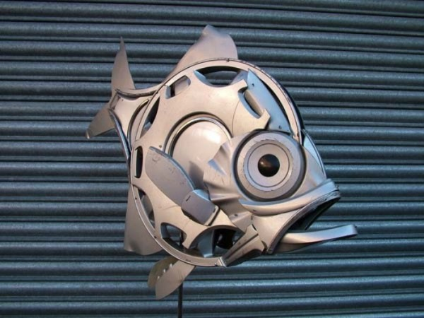 esculturas-con-tapacubos-07
