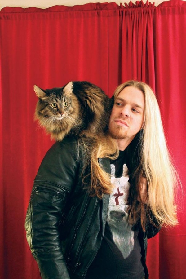 heavy-metal-con-gatos-02