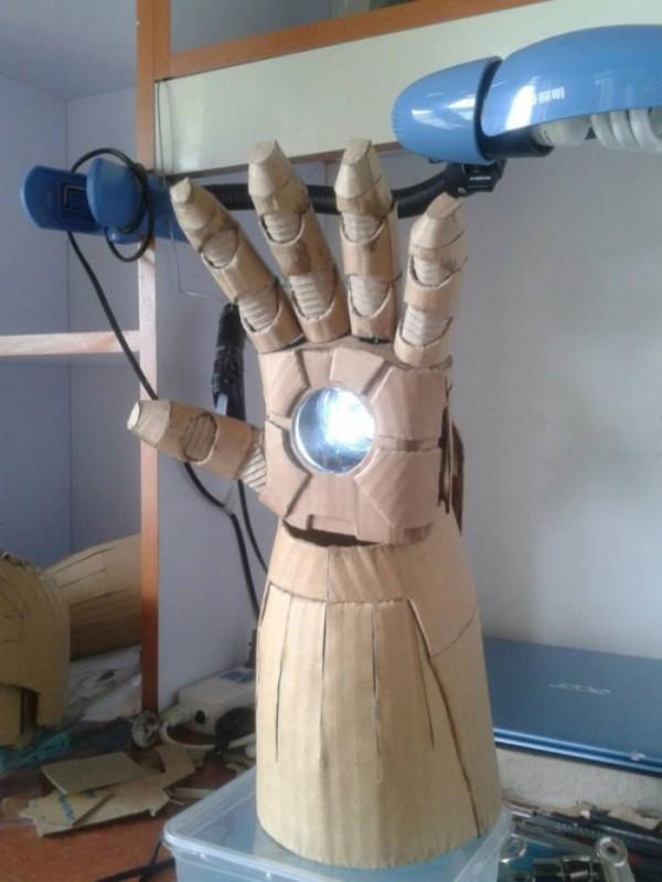 ironman-de-carton-04