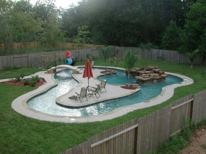Awesome Small Backyard Pools : 27 Un tren en miniatura S?lo los ni?os m?s afortunados tendr?n