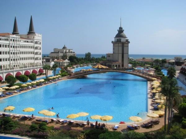 piscinas-exoticas-de-todo-el-mundo-29