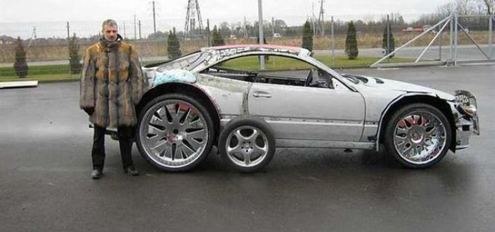 coche-deportivo-con-espuma-poliuretano-00