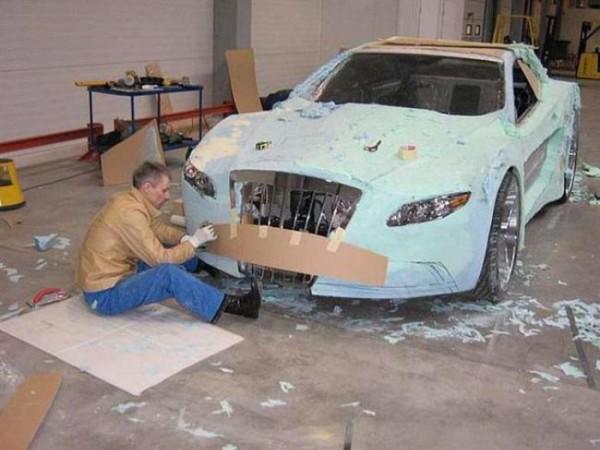 coche-deportivo-con-espuma-poliuretano-08