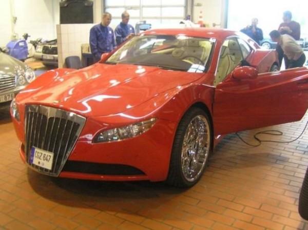 coche-deportivo-con-espuma-poliuretano-26