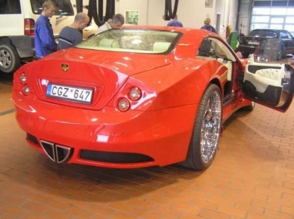 coche-deportivo-con-espuma-poliuretano-28