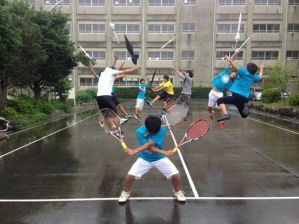 estudiantes-japoneses-divirtiendose-12