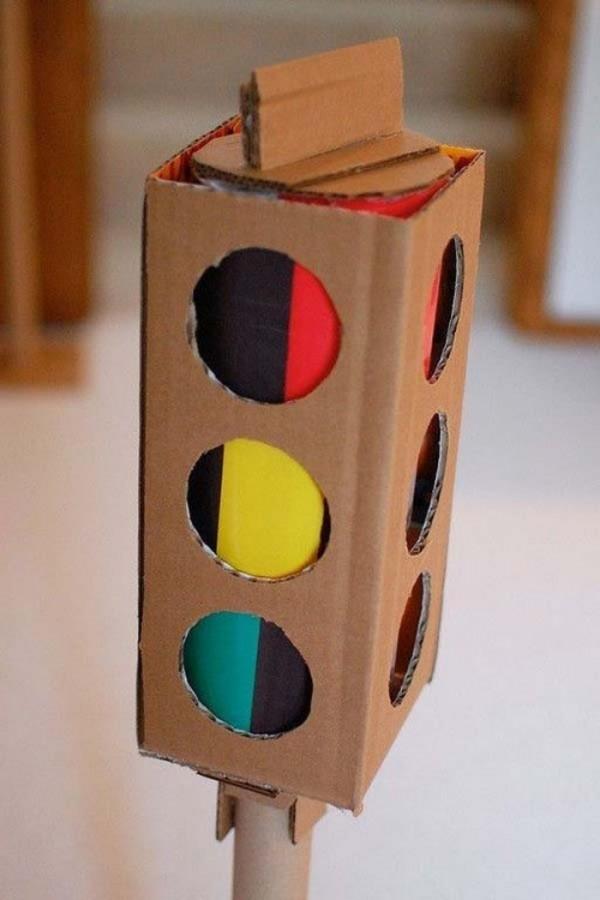 juguetes-con-cajas-de-carton-16