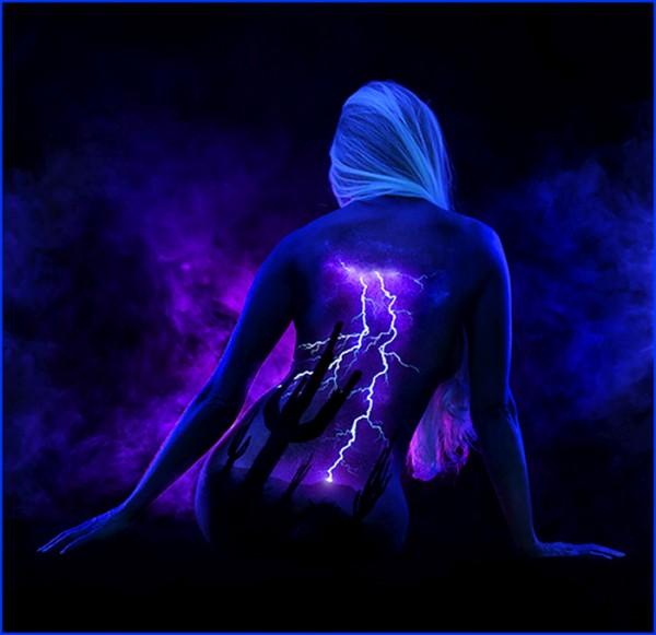 pintura-corporal-luz-negra-14