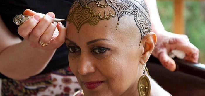 tatuajes-temporales-de-henna-para-pacientes-de-cancer-00