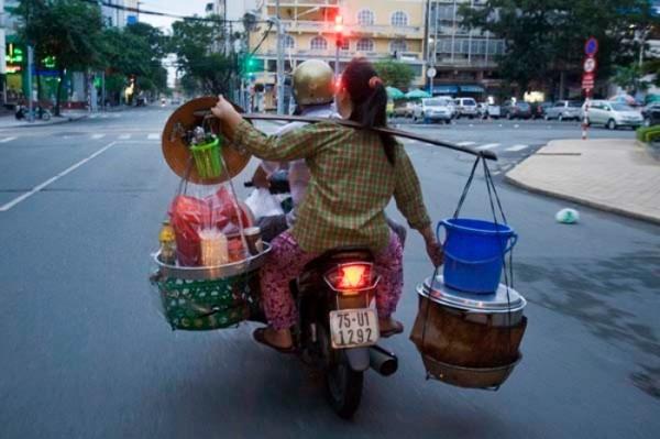 transporte-con-motocicleta-en-vietnam-01