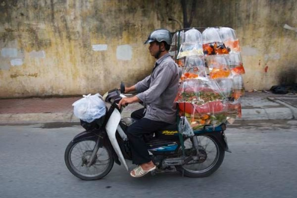 transporte-con-motocicleta-en-vietnam-04