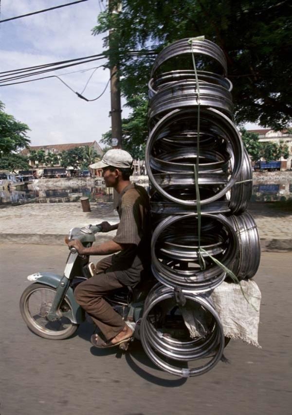 transporte-con-motocicleta-en-vietnam-07