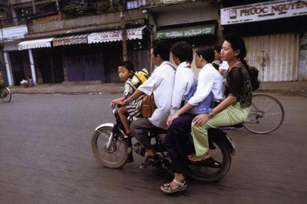 transporte-con-motocicleta-en-vietnam-13