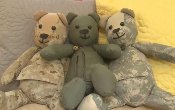 osos-de-peluche-con-uniformes-00