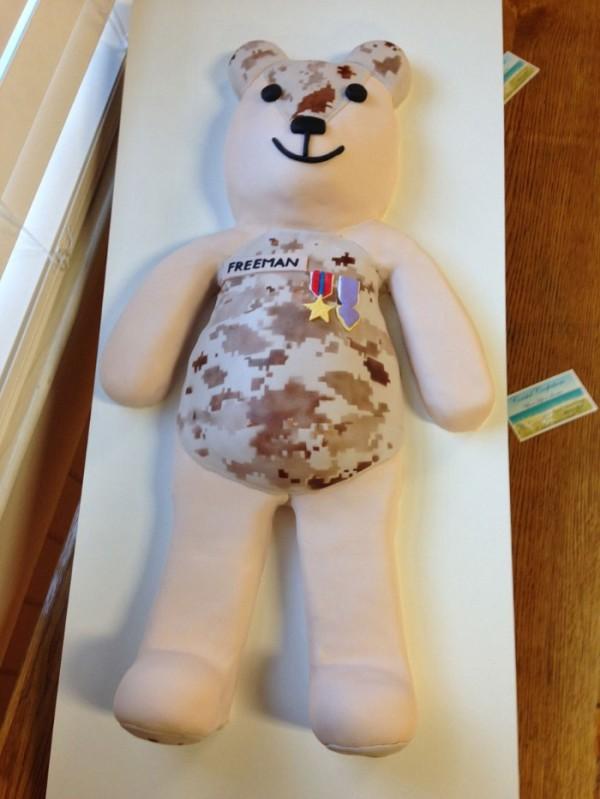 osos-de-peluche-con-uniformes-04